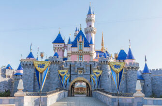 A Touch Of Magic – Top Ten Best Things About California Disney Theme Parks